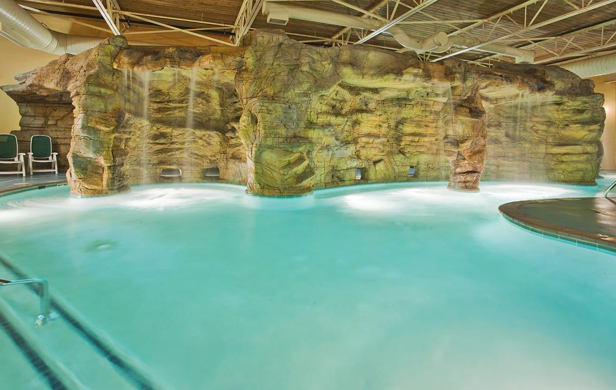 Virginia Beach hotel - indoor pool