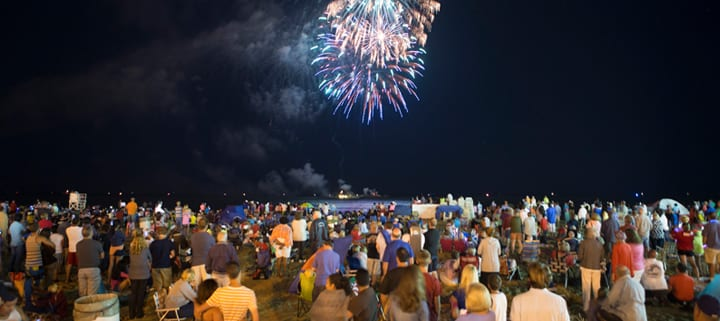 Virginia Beach hotel - events - Stars and Stripes Explosion