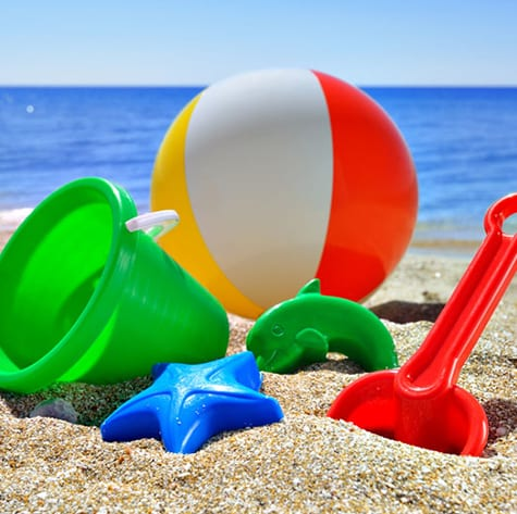 Holiday Inn and Suites - Green Hotel Campaign - take a beach toy leave a toy program